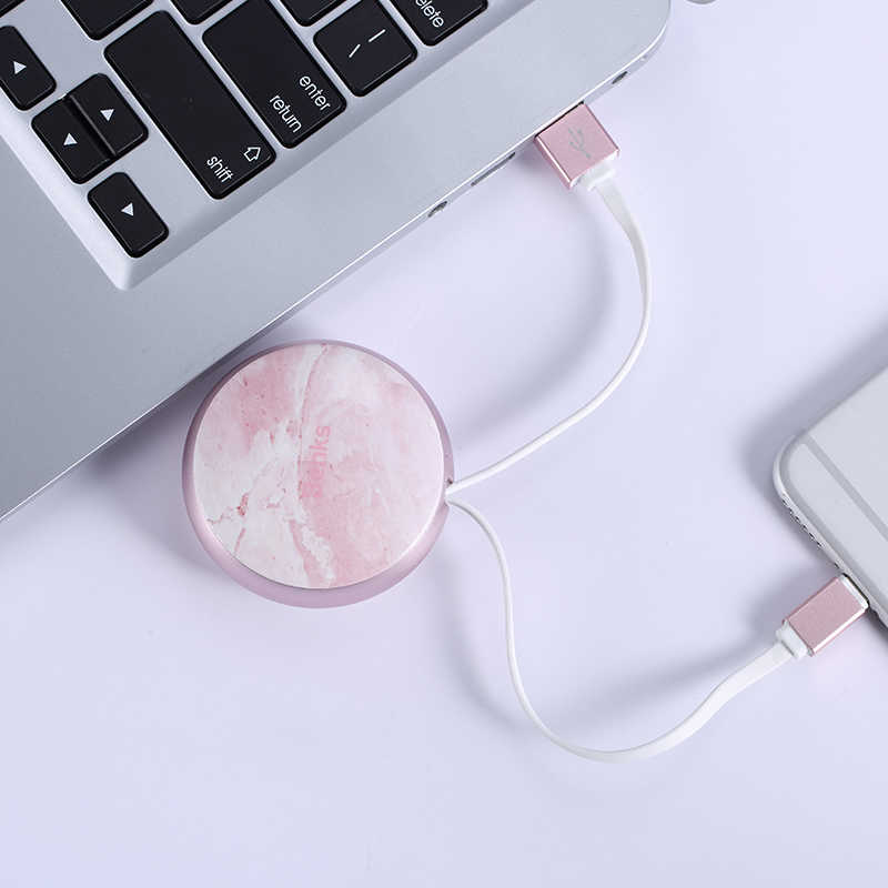 Benks D28 Retractable Lightning Cable